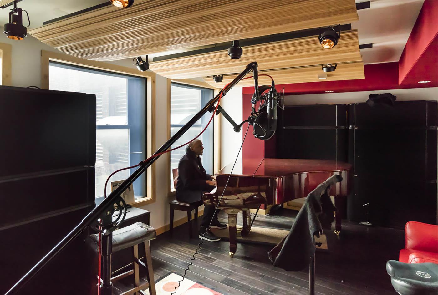 Alicia Keys' piano
